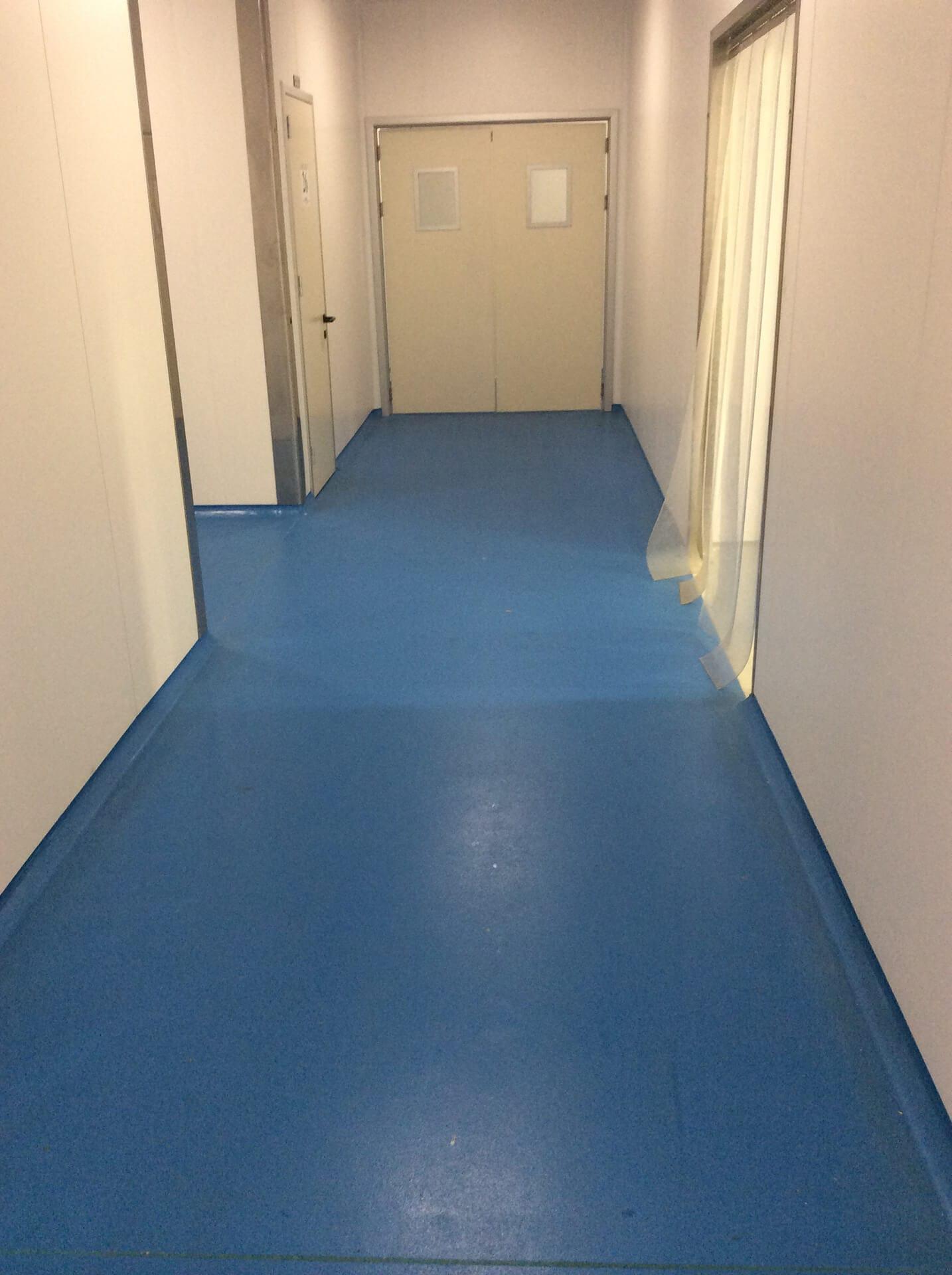 pavimentazione resina corridoio