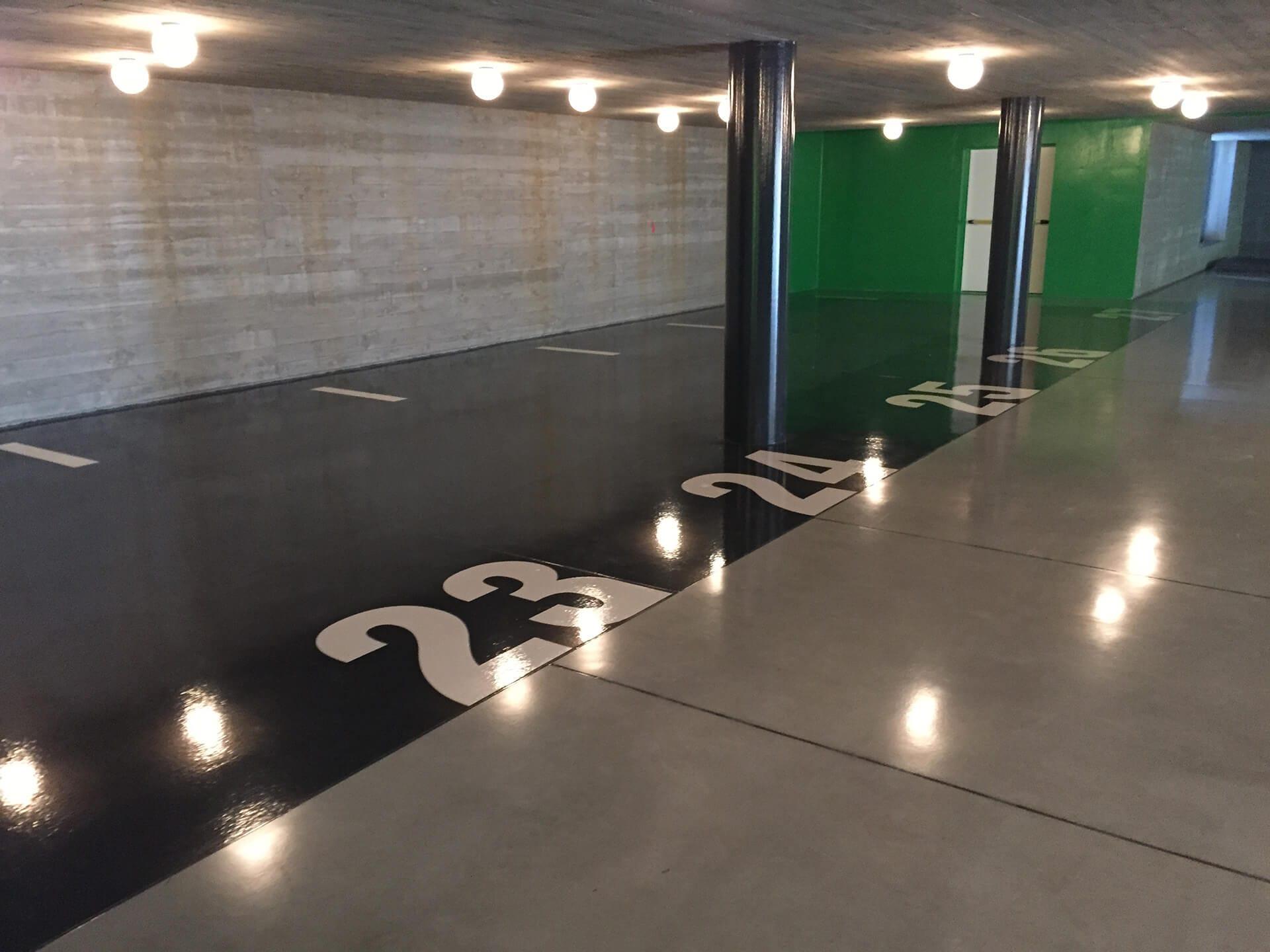 pavimento parcheggio in resina