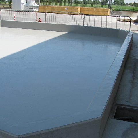 INDUSTRIAL TANKS COATING