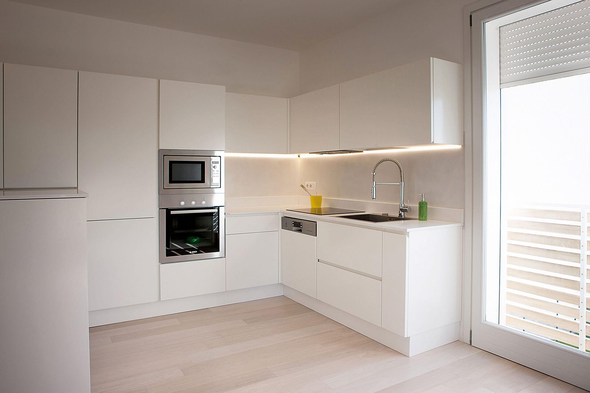 Rivestimento cucina in resina, pareti in resina - Resingroup