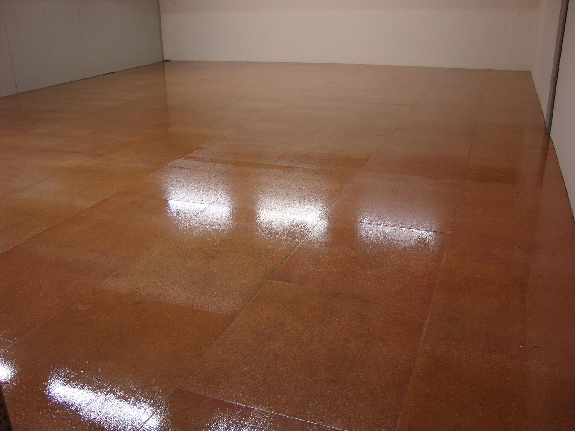 rivestimento pavimento antipolvere