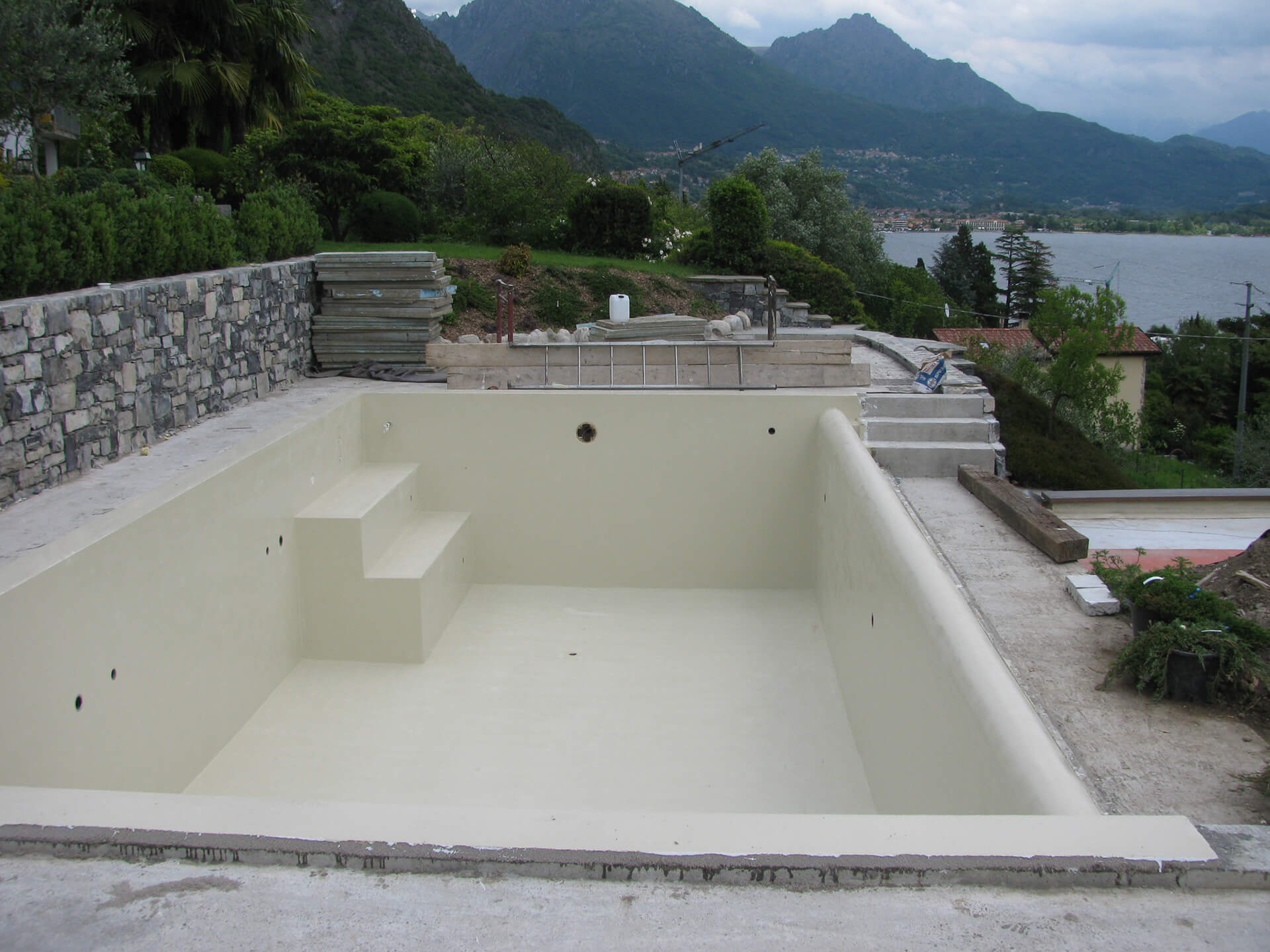 Impermeabilizzare piscine in resina