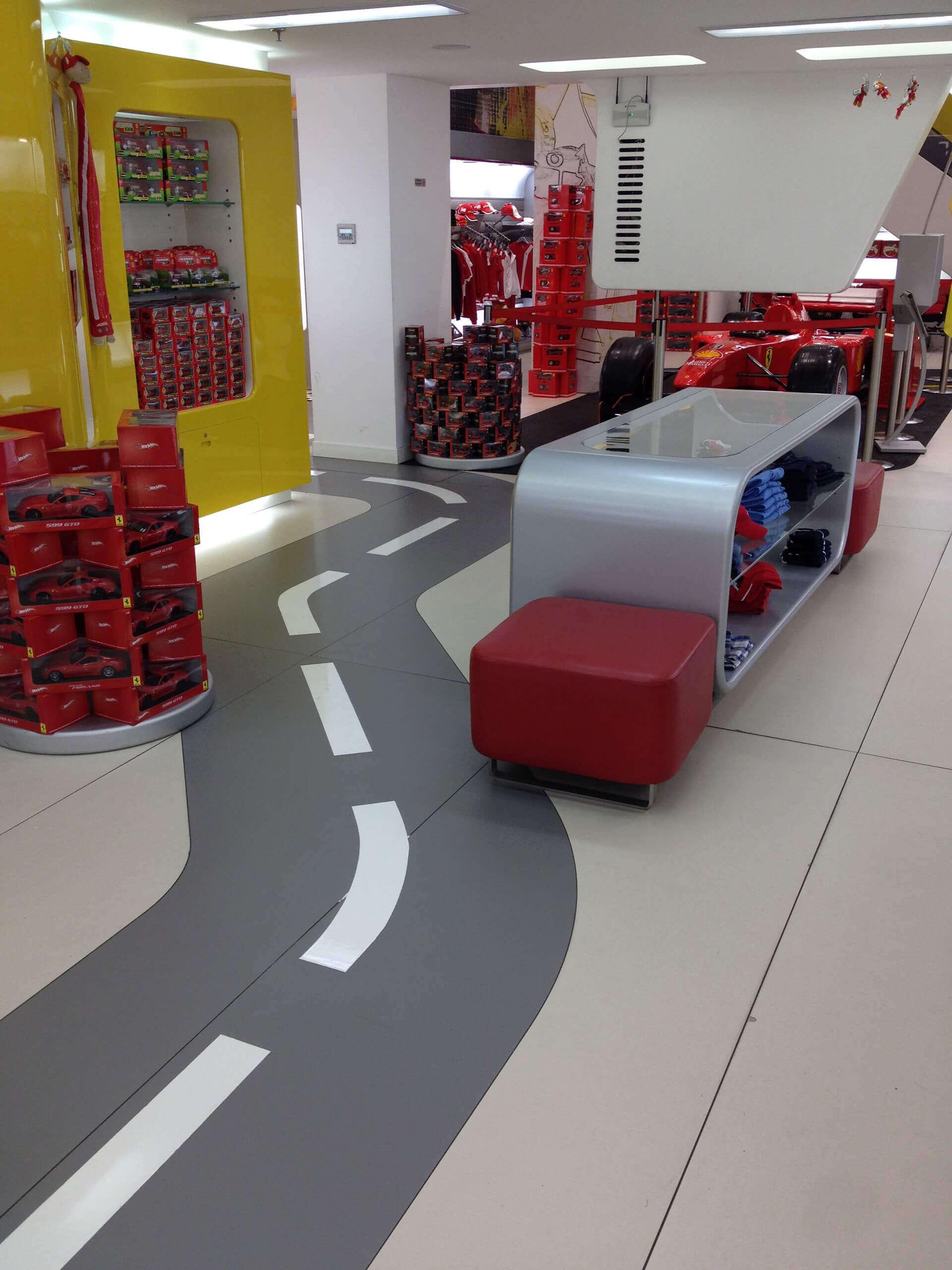 pavimento in resina realizzato a
